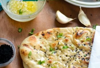 garlic-naan-chefdehome-1a